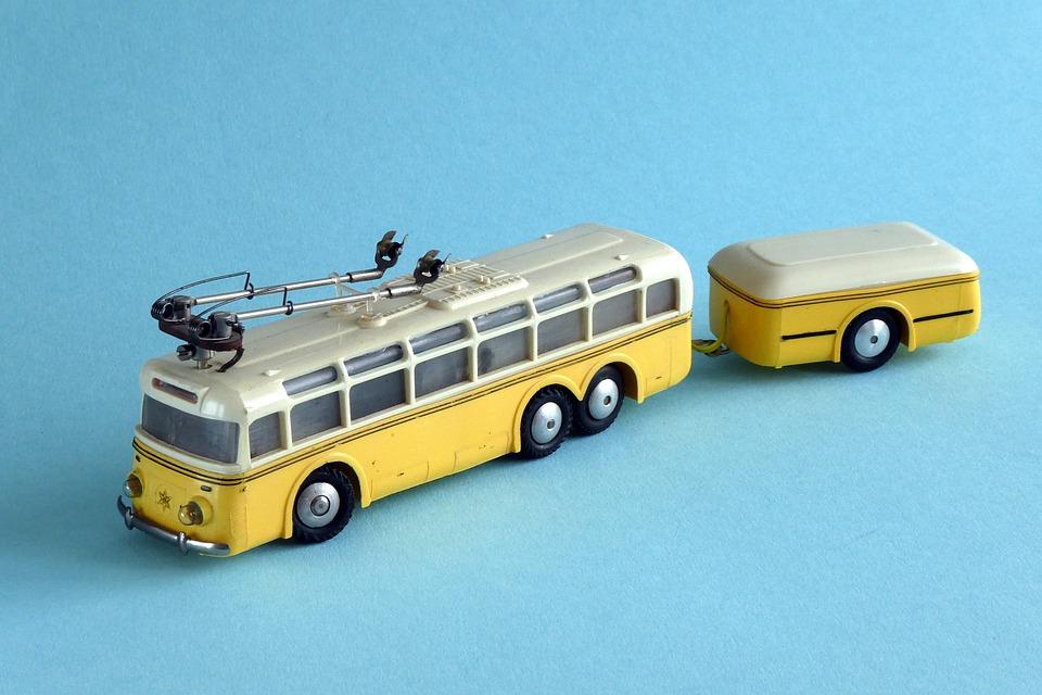 trolejbus s přívěsem